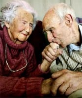 old-couple-in-love