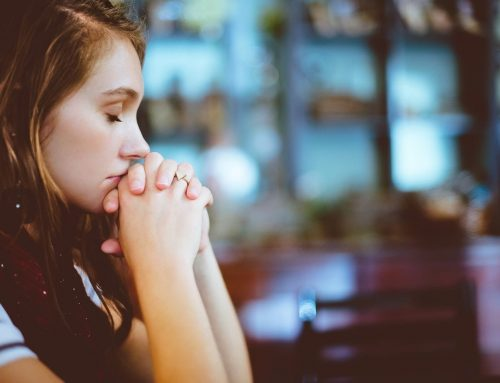Should We Pray Written Prayers? Didn't Jesus Tell Us Not to Repeat Prayers?